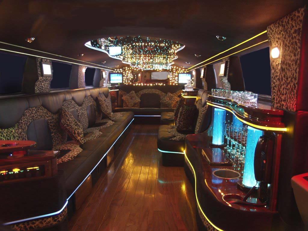Hummer limousine for Interieur voiture de luxe